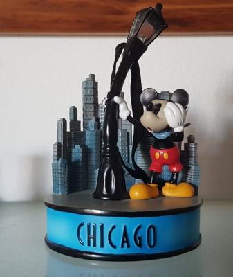 Nom : mickey chicago.jpg Affichages : 54 Taille : 34,9 Ko