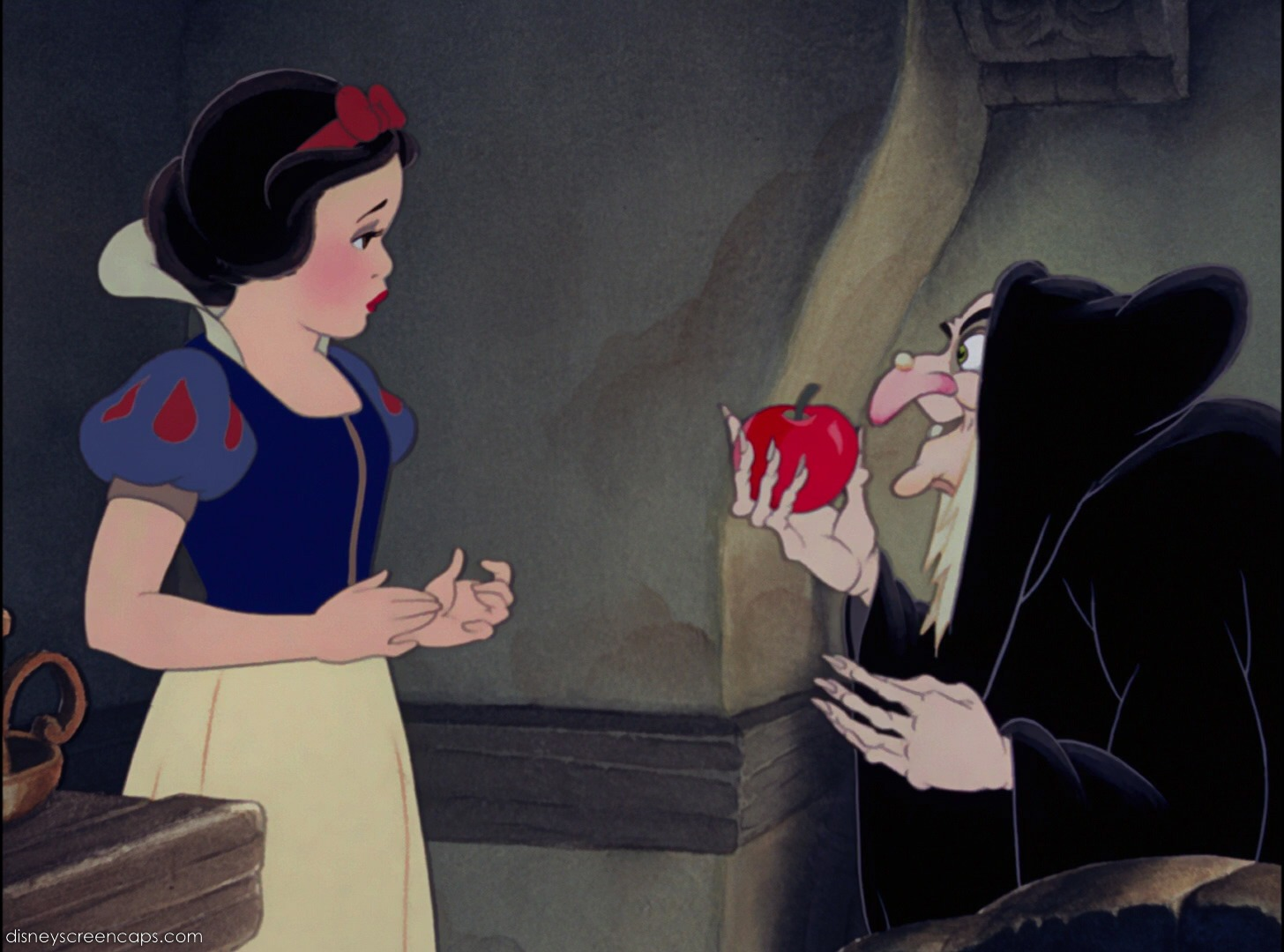 Nom : Snow_White_the_Witch_and_the_apple.jpg