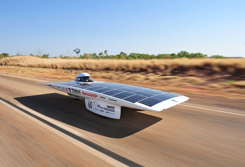 Nom : 800px-Solar_Car_Tokai_Challenger.JPG Affichages : 10097 Taille : 61,8 Ko