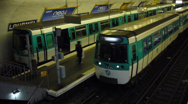 Nom : metro.jpg Affichages : 579 Taille : 39,4 Ko