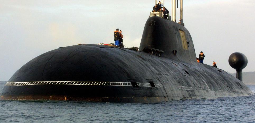 Nom : 14948149-5-questions-sur-le-sous-marin-russe-repere-au-large-de-la-france.jpg Affichages : 716 Taille : 151,5 Ko