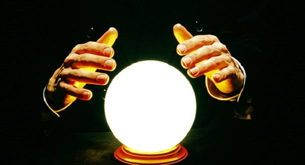 Nom : Boule-de-cristal.jpg Affichages : 289 Taille : 37,4 Ko