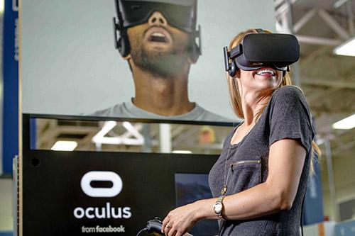 Nom : Oculus-Rift-instore-booth.jpg Affichages : 2616 Taille : 72,1 Ko