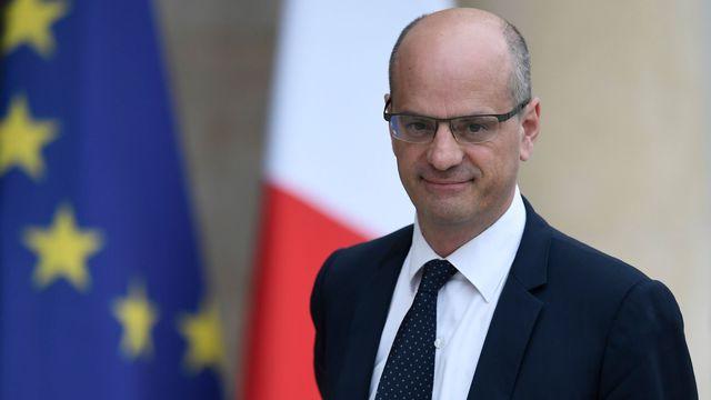 Nom : le-ministre-de-l-education-nationale-jean-michel-blanquer-arrivant-a-l-elysee-pour-participer-au.jpg Affichages : 2874 Taille : 19,7 Ko