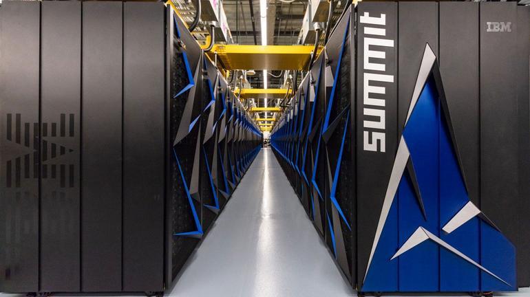 Nom : summit-supercomputer-long-shot.jpg Affichages : 5135 Taille : 45,2 Ko