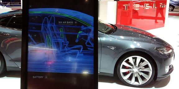 Nom : Tesla30.jpg Affichages : 2968 Taille : 66,9 Ko