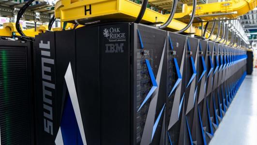 Nom : summit-superordinateur-supercalculateur (1).jpg Affichages : 4944 Taille : 30,6 Ko