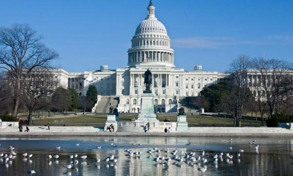 Nom : senat-americain.jpg Affichages : 1011 Taille : 69,0 Ko