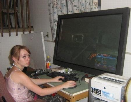 Nom : gamer-girl.jpg Affichages : 995 Taille : 33,7 Ko