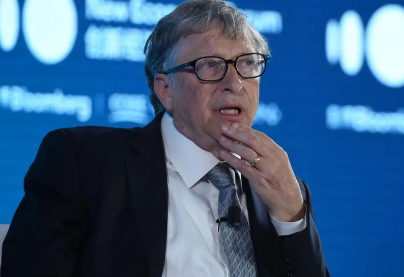 Nom : Screenshot_2020-11-19 Bill Gates says in-person meetings aren't the 'gold standard' anymore and .png Affichages : 2198 Taille : 637,8 Ko